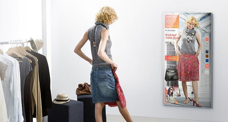 Mirror Display Technology Reflects Fashion Retailing's Future
